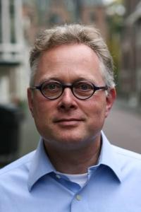 Dr. Dirk van Keulen